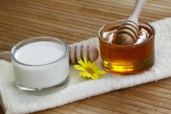 Молоко с мёдом от кашля при беременности