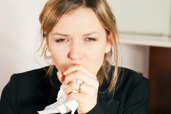 Как снять приступ сухого кашля
