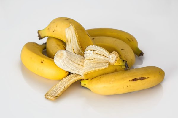 Рецепты из банана от кашля для детей