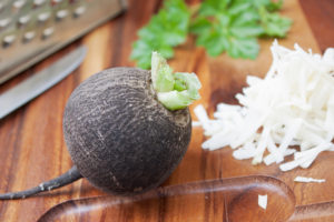 Рецепты черной редьки от кашля
