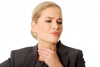 Процедура ингаляции при больном горле в домашних условиях и в поликлинике